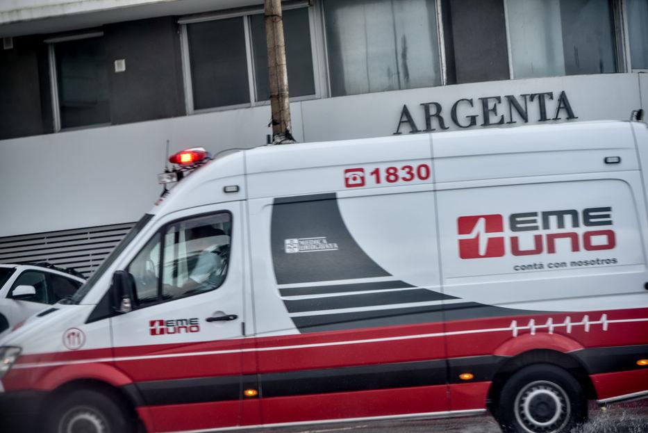 Asaltaron una ambulancia a punta de pistola en Maroñas e hirieron al chofer