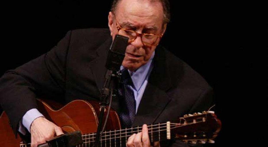 Una bossa melancólica: murió João Gilberto, pilar de la música brasileña