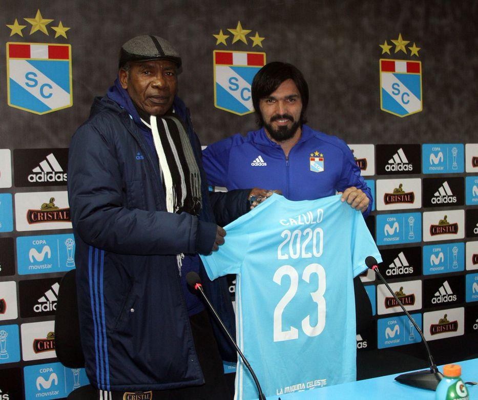 Perú: Jorge Cazulo, de 36 años, renovó con Sporting Cristal hasta el año 2020