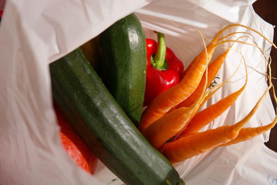 0332fb854 Mayor cadena de supermercados de EE.UU. eliminará uso de bolsas de ...
