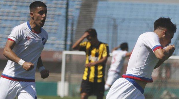 El festejo de uno de los goles albos en sub-17. Foto: Prensa Nacional
