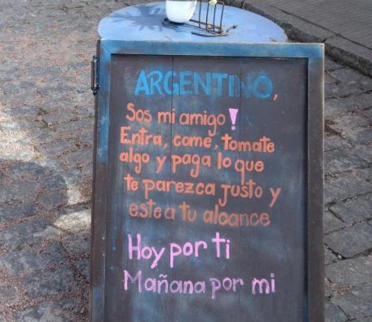 Un restaurante de Uruguay se solidarizó con los turistas argentinos — Crisis económica