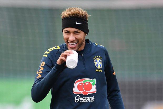 Neymar se prepara para defender a Brasil. Foto: EFE l Andy Rain