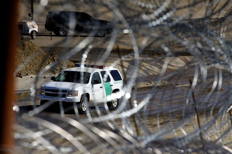 Cifra récord de inmigrantes cruzaron frontera con EE. UU. en febrero