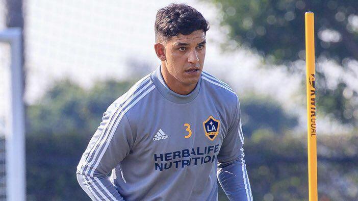 MLS  Los Ángeles Galaxy oficializó la llegada del ex capitán tricolor Diego  Polenta 52531ab6be5