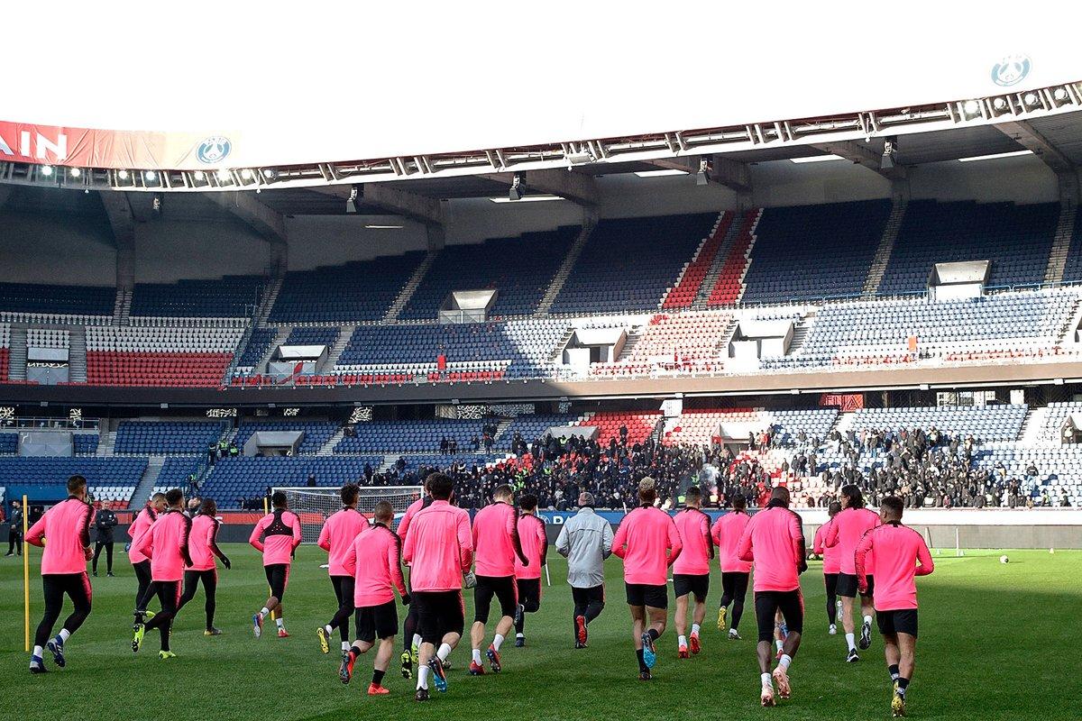Francia: 500 ultras del PSG fueron a manifestar su descontento a los jugadores