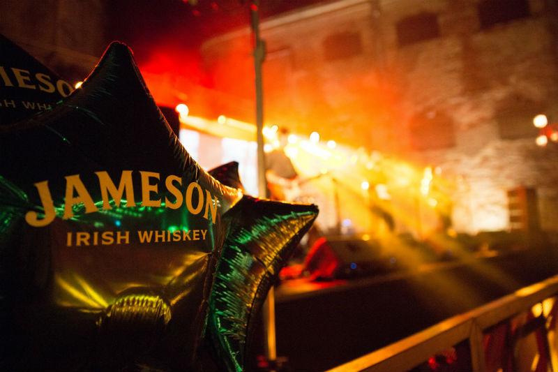 ¡Digan whiskey!