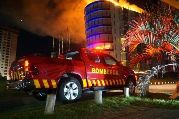 Importante incendio afectó esta madrugada al Grand Hotel de Punta del Este