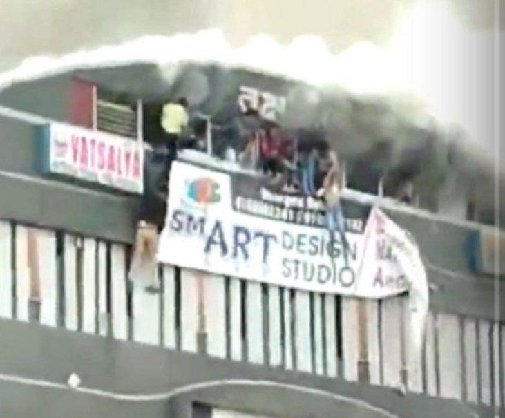 Al menos 17 estudiantes mueren en un incendio