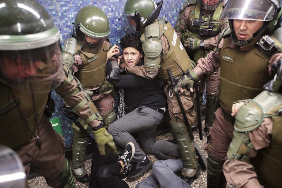 INDH anunció querella criminal por violencia policial en manifestaciones