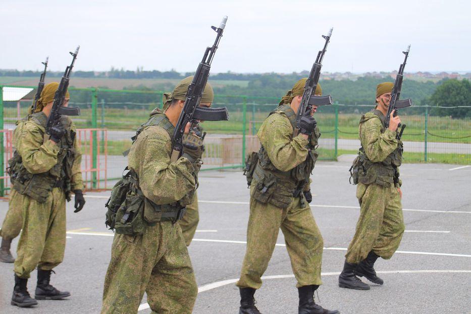 Un soldado ruso mata a ocho de sus compañeros en plena ceremonia