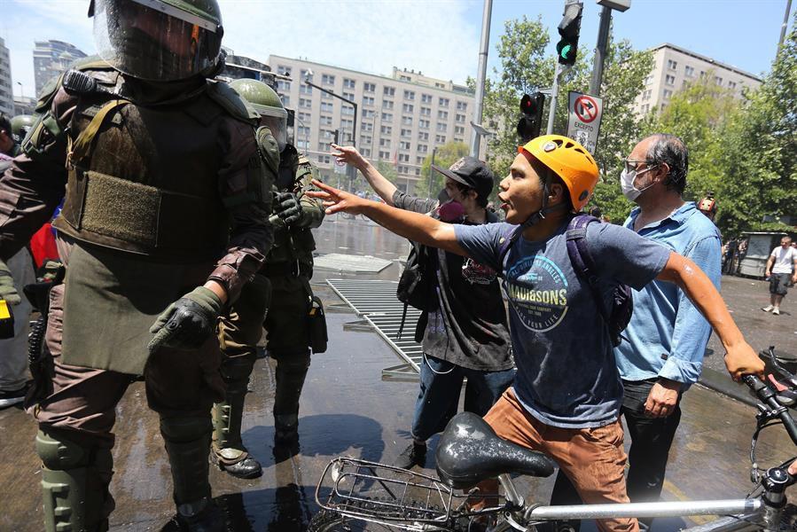 LUIS ALMAGRO - La OEA alaba la labor de Piñera durante las protestas