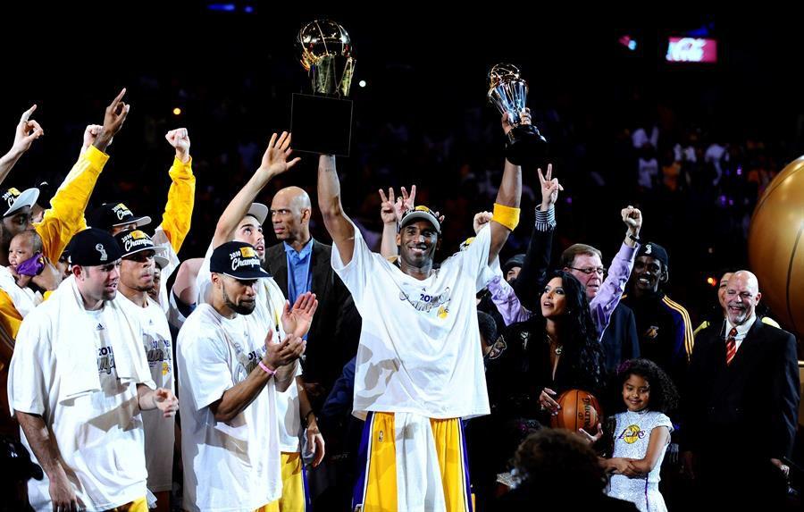 Kobe a la cabeza