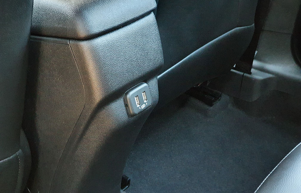 Entradas USB asientos traseros