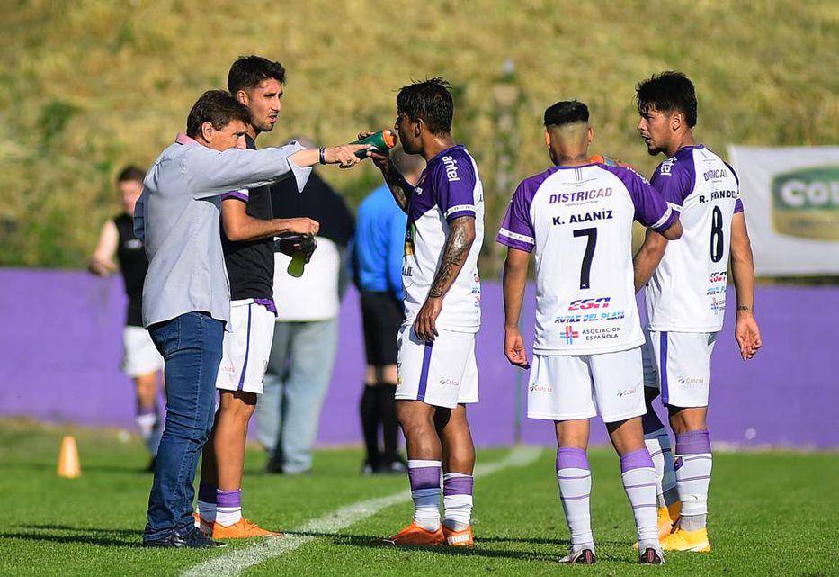 Clausura: Fénix y Plaza Colonia empataron 3-3 en un partidazo en el Parque  Capurro